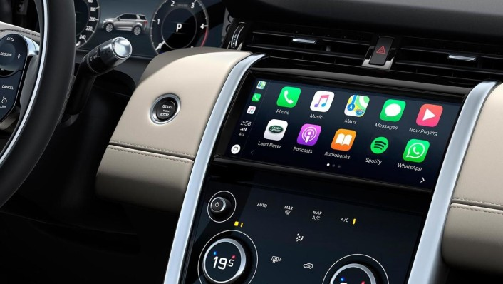 Land Rover Discovery Sport 2020 Interior 005