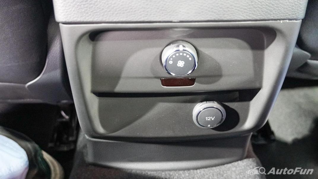 2021 Ford Everest Titanium+ Interior 021