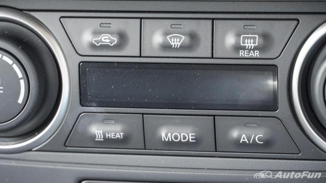 2020 Nissan Leaf Electric Interior 027
