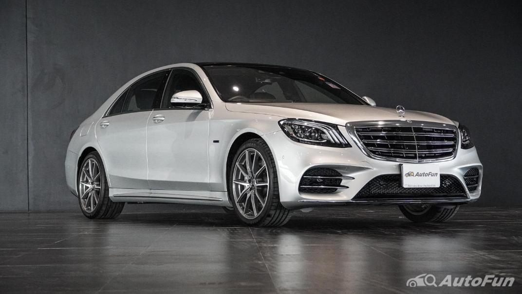 Mercedes-Benz S-Class S 560 e AMG Premium Exterior 003