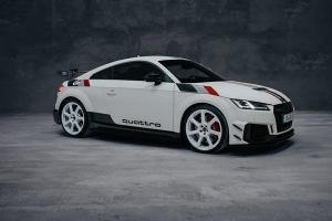 Audi TT RS 40 years of Quattro ฉลอง 40 ปีระบบขับเคลื่อนสี่ล้อของอาวดี้ จำกัด 40 คันเท่านั้น
