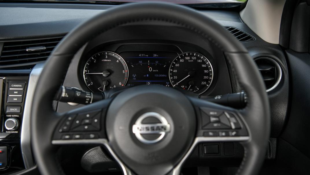 2021 Nissan Navara Double Cab 2.3 4WD VL 7AT Interior 061