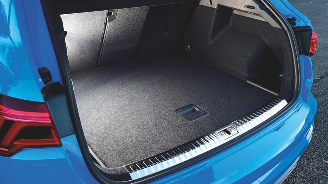 Audi Q3 2020 Interior 009