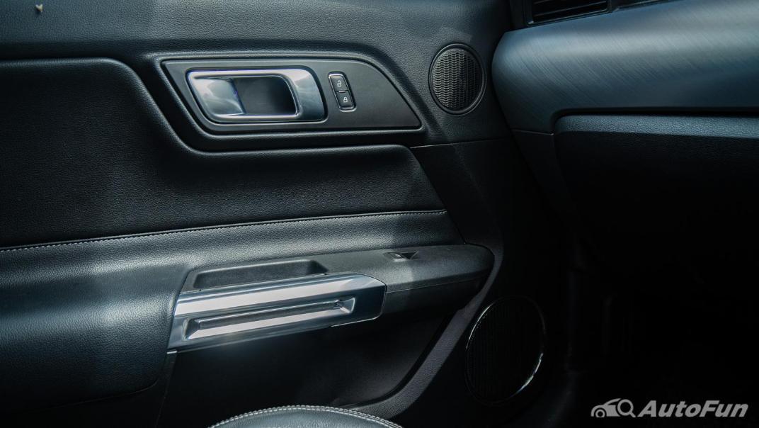 2020 Ford Mustang 5.0L GT Interior 015