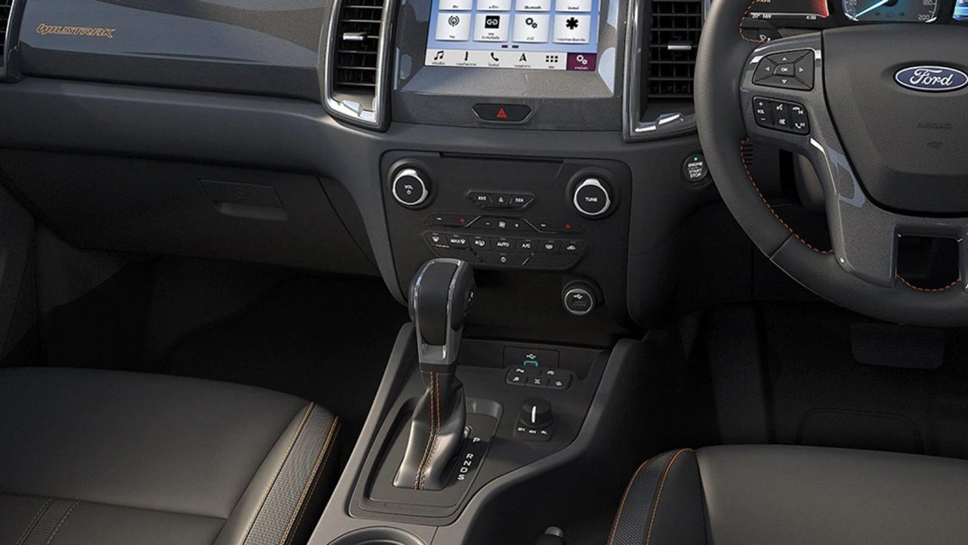 Ford Ranger 2020 Interior 003