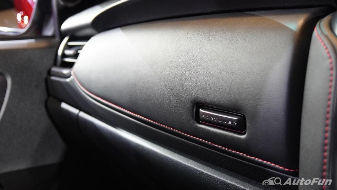 2021 Toyota Fortuner 2.8 GR Sport 4WD Interior 015