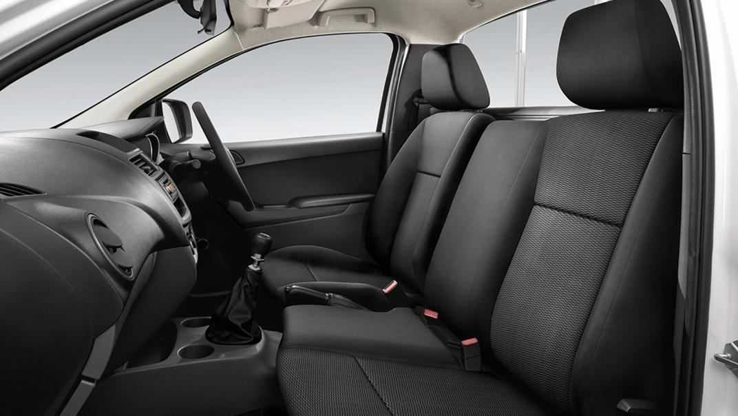 Mazda BT-50 Pro 2020 Interior 008