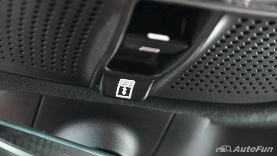 Mercedes-Benz S-Class S 560 e AMG Premium Interior 069