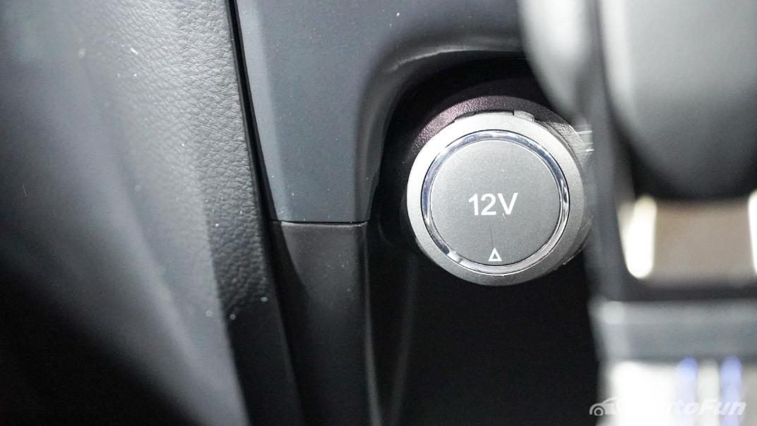 2021 Ford Everest Titanium+ Interior 011