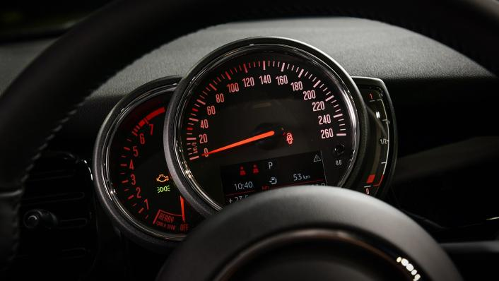 2021 MNI 3-Door Hatch Cooper Interior 003