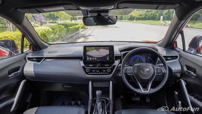 2020 Toyota Corolla Cross 1.8 Hybrid Premium Safety Interior 001