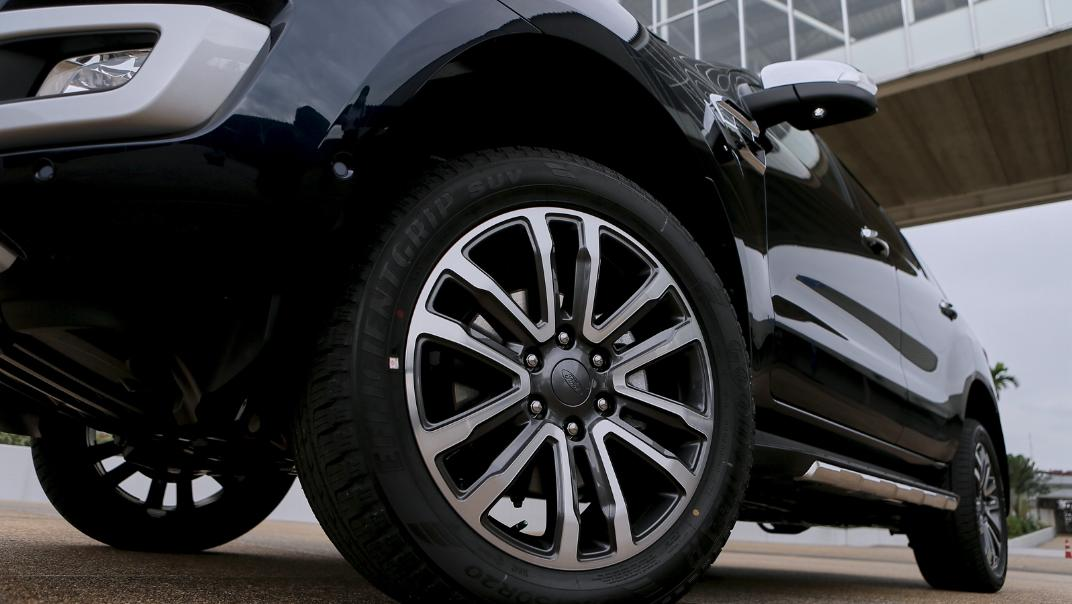 2021 Ford Everest Titanium+ Exterior 032
