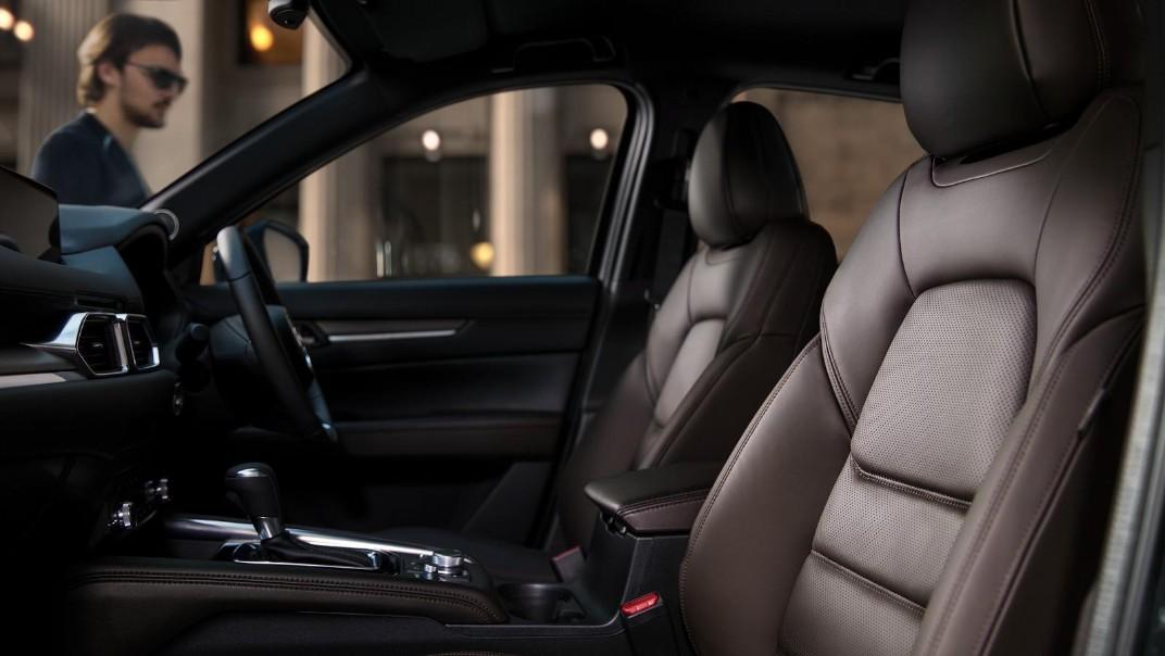 Mazda CX-5 2020 Interior 006