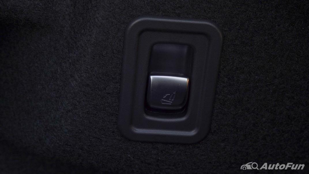 2021 Mercedes-Benz E-Class Cabriolet E 200 AMG Dynamic Interior 068