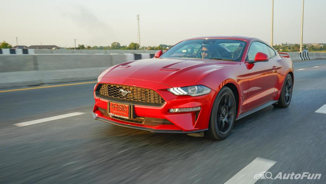 2020 Ford Mustang 2.3L EcoBoost Exterior 044