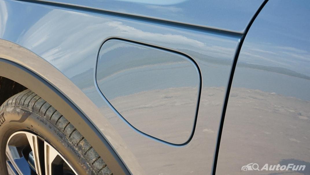 2020 Volvo XC 40 2.0 R-Design Exterior 043