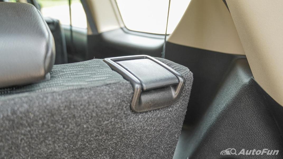 2020 1.5 Suzuki XL7 GLX Interior 033
