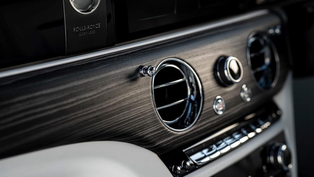 2021 Rolls-Royce Ghost Extended Interior 002