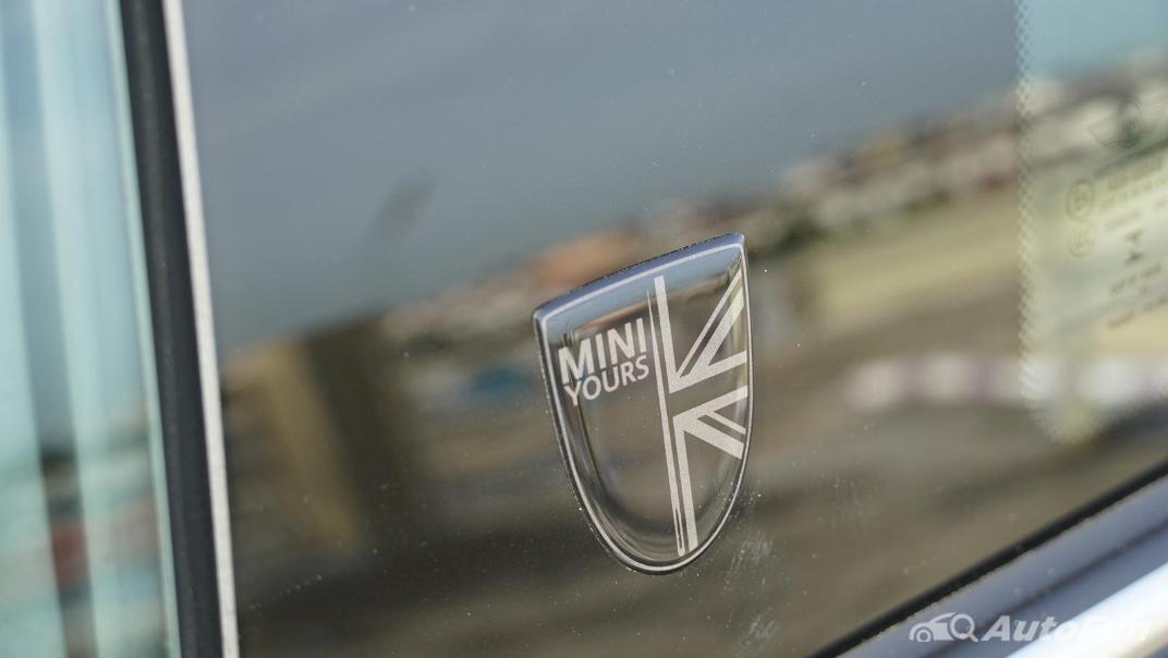 2021 MNI 3-Door Hatch Cooper S Exterior 042