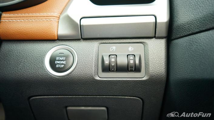 2021 MG Extender Interior 004