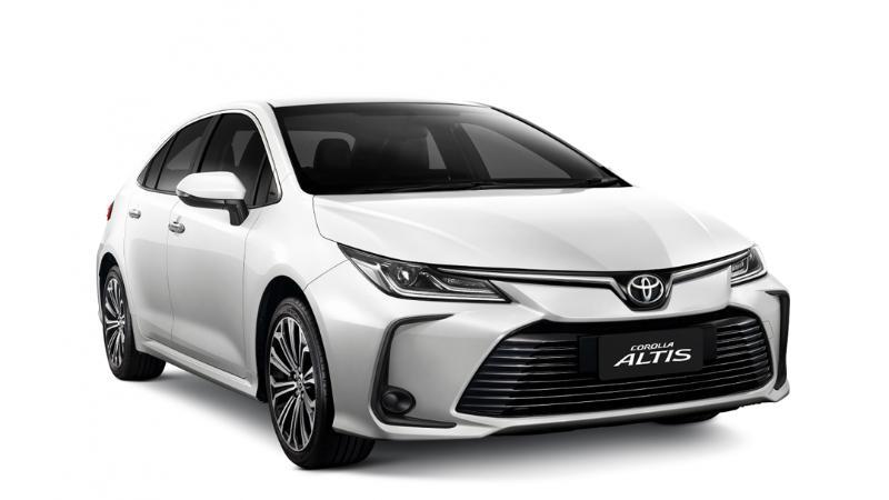 เปิดตัว 2021 Toyota Corolla Altis ใหม่ เพิ่มรุ่น 1.8 Sport เคาะค่าตัวไม่ถึงล้าน 02
