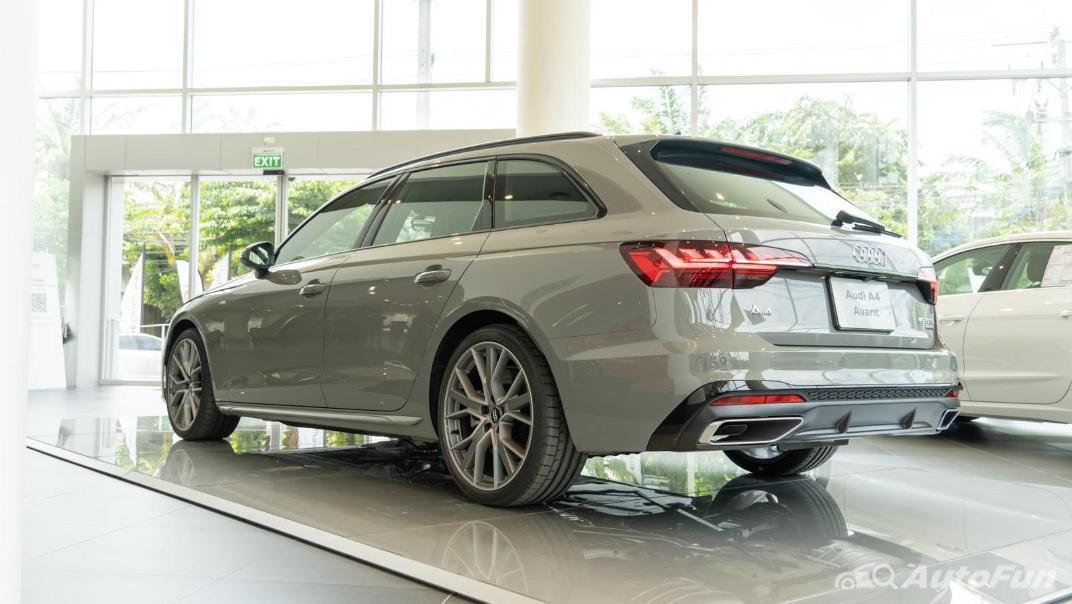 2020 Audi A4 Avant 2.0 45 TFSI Quattro S Line Black Edition Exterior 063