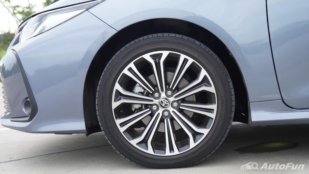 2021 Toyota Corolla Altis 1.8 Sport Exterior 040