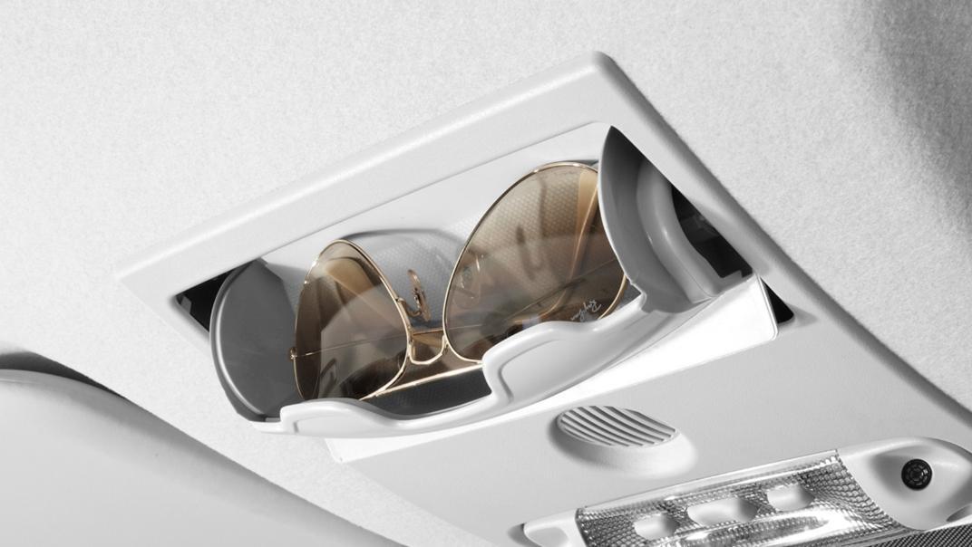 Mazda BT-50 Pro 2020 Interior 012