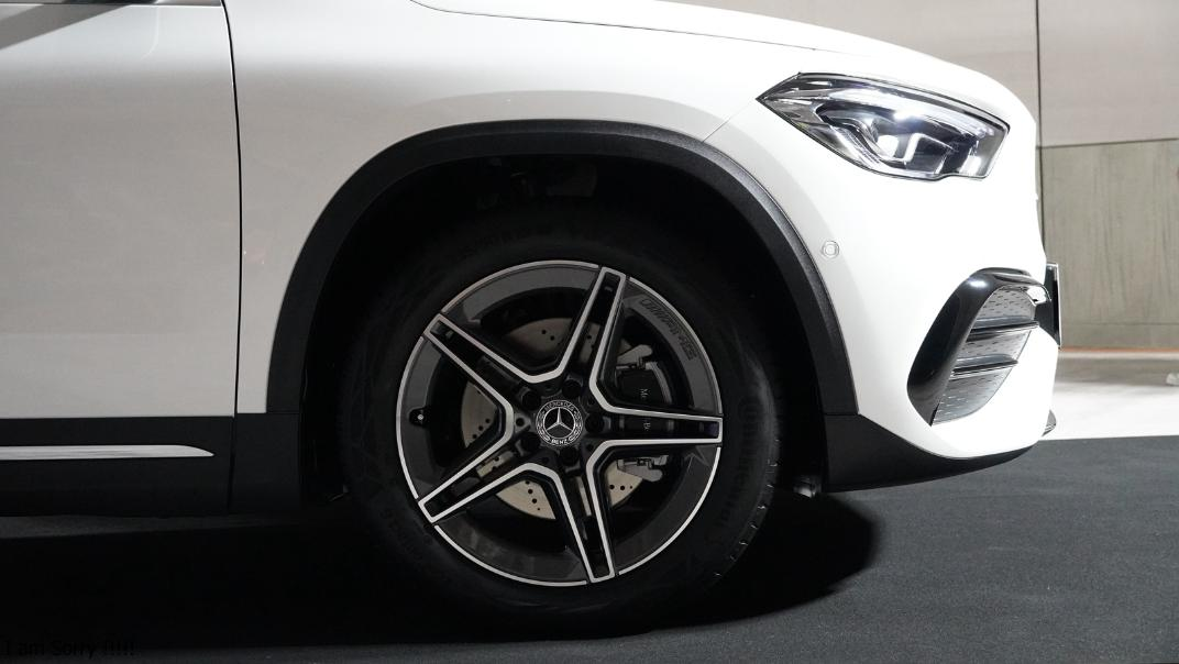 2021 Mercedes-Benz GLA-Class 200 AMG Dynamic Exterior 023
