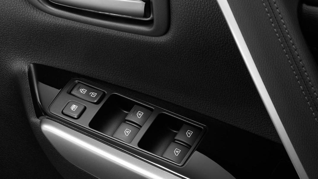 Mitsubishi Pajero Sport 2020 Interior 012