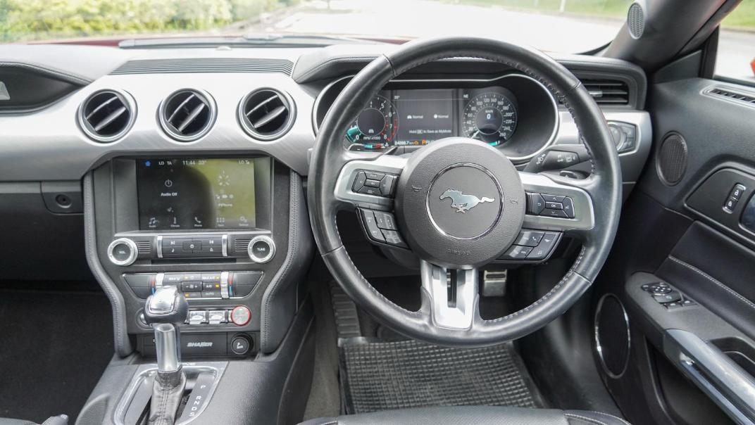 2020 Ford Mustang 2.3L EcoBoost Interior 077