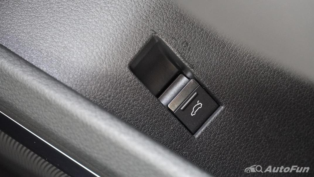 2020 Audi E Tron Sportback 55 quattro S line Interior 020
