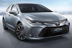 Review: Toyota Corolla Altis ซีดานขวัญใจมหาชน