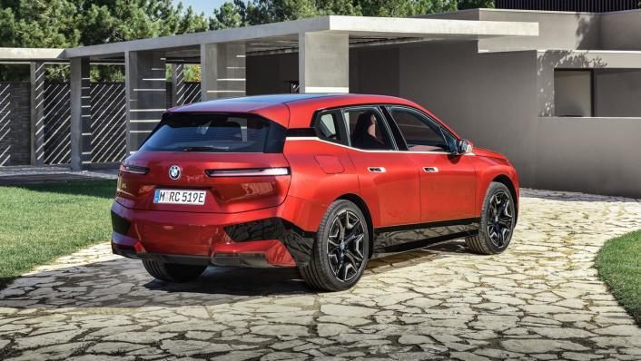 2021 BMW iX xDrive50 Sport Exterior 004
