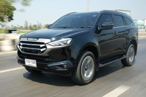 Review : Isuzu MU-X 1.9 และ 3.0 4WD ปลอดภัยและไฮเทคเท่ากัน แต่ลองขับแล้วรู้สึกต่างมาก