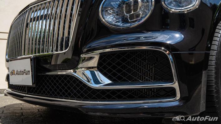 2020 Bentley Flying Spur 6.0L W12 Exterior 010