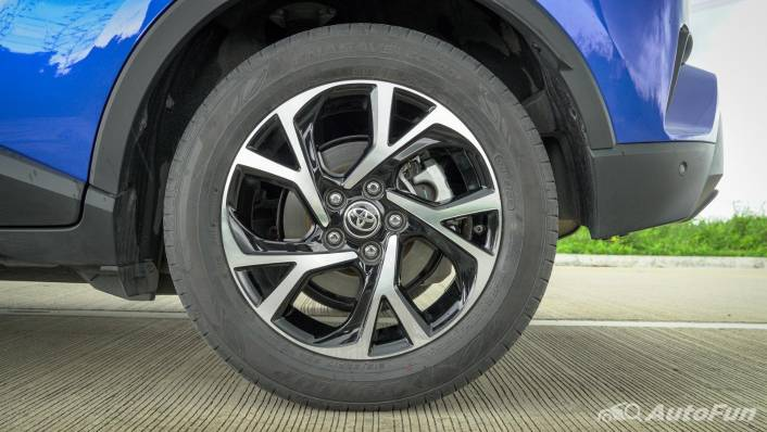 2021 Toyota C-HR Hybrid Premium Safety Exterior 008