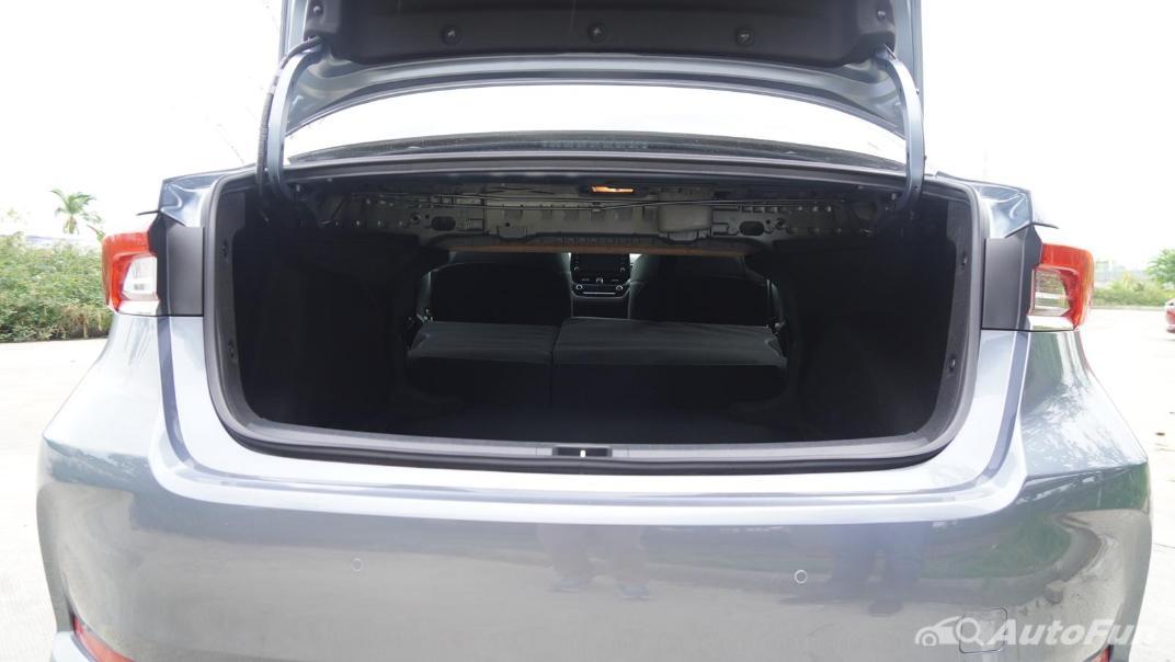 2021 Toyota Corolla Altis 1.8 Sport Interior 052