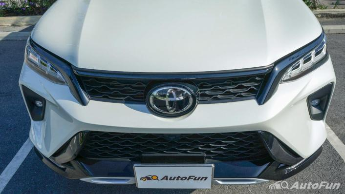 2020 Toyota Fortuner 2.8 Legender 4WD Exterior 009