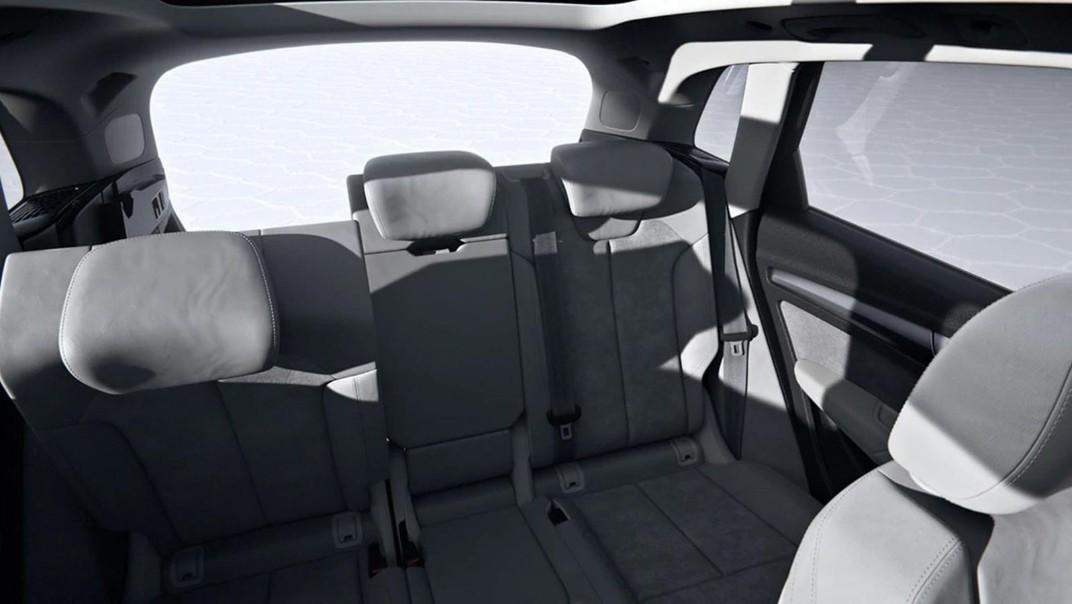 Audi Q5 2020 Interior 011