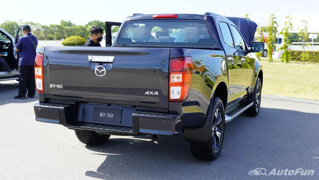 Mazda BT-50 Pro 2021 Exterior 007