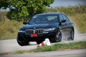 1st Impression : 2021 BMW 330Li & 5-series จับยัดโค้ง ขยี้คันเร่ง เค้นจุดพีคของรถยุโรปที่แท้จริง