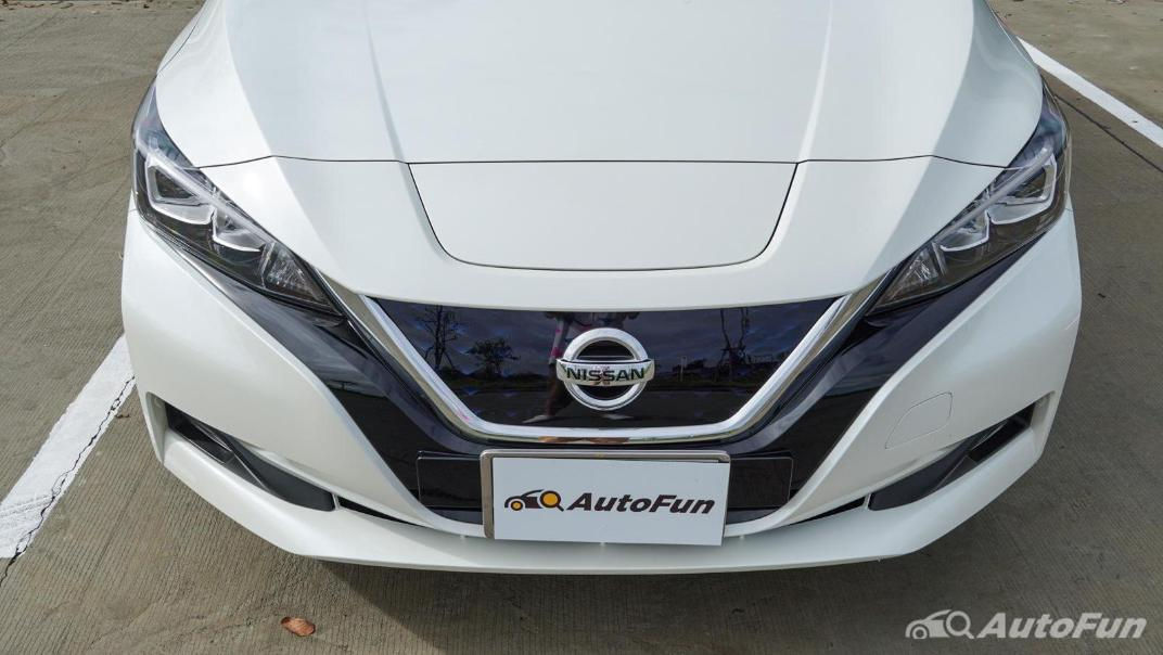 2020 Nissan Leaf Electric Exterior 008
