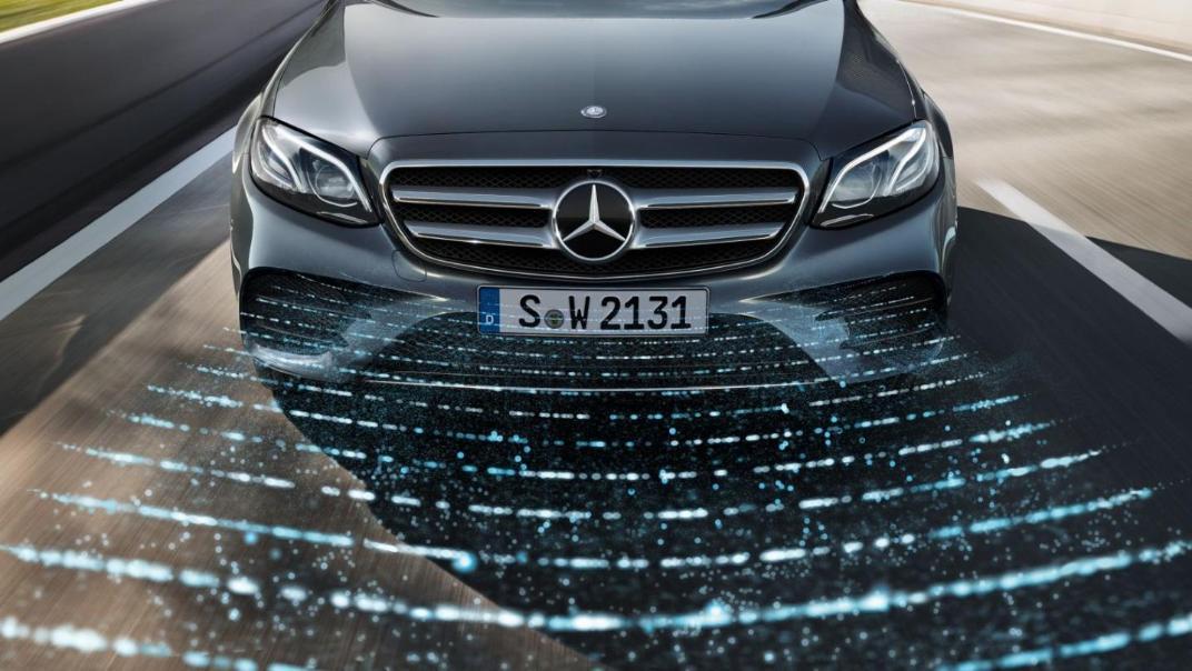 Mercedes-Benz E-Class Saloon 2020 Exterior 010