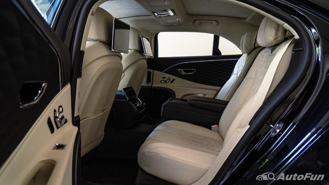 2020 Bentley Flying Spur 6.0L W12 Interior 031