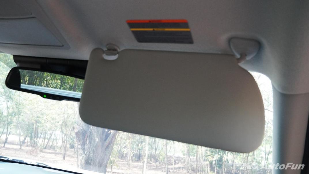 2021 Nissan Navara Double Cab 2.3 4WD VL 7AT Interior 053