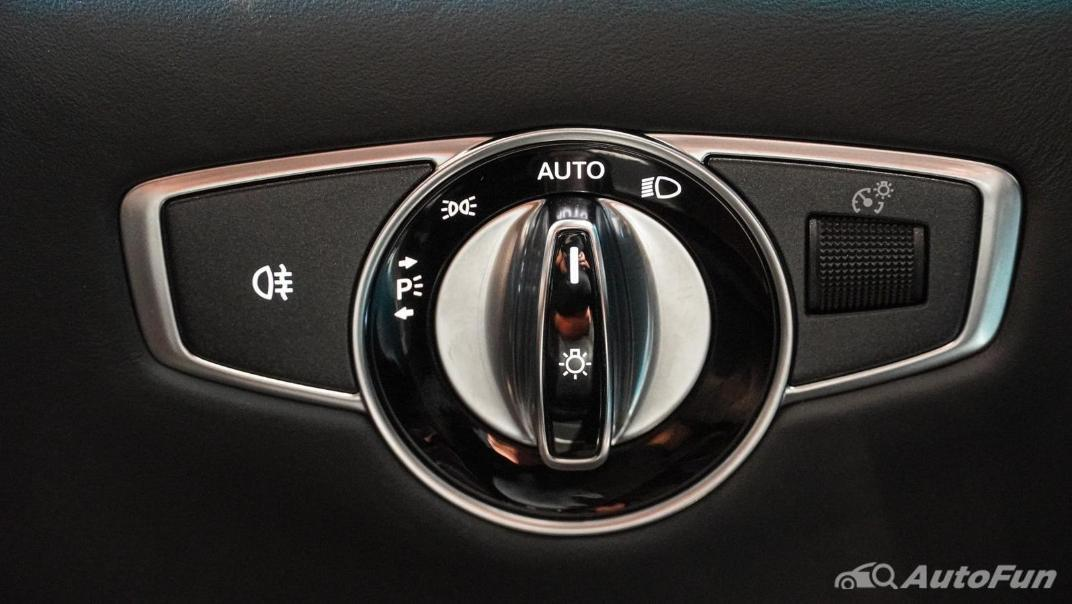 Mercedes-Benz S-Class S 560 e AMG Premium Interior 028
