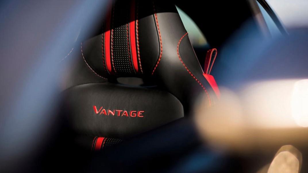 Aston Martin V8 Vantage Public 2020 Interior 003