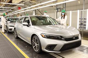 ขึ้นสายการผลิตแล้ว 2022 Honda Civic ใหม่ คนไทยรอลุ้นจะได้ยลโฉมตัวจริงเมื่อไหร่
