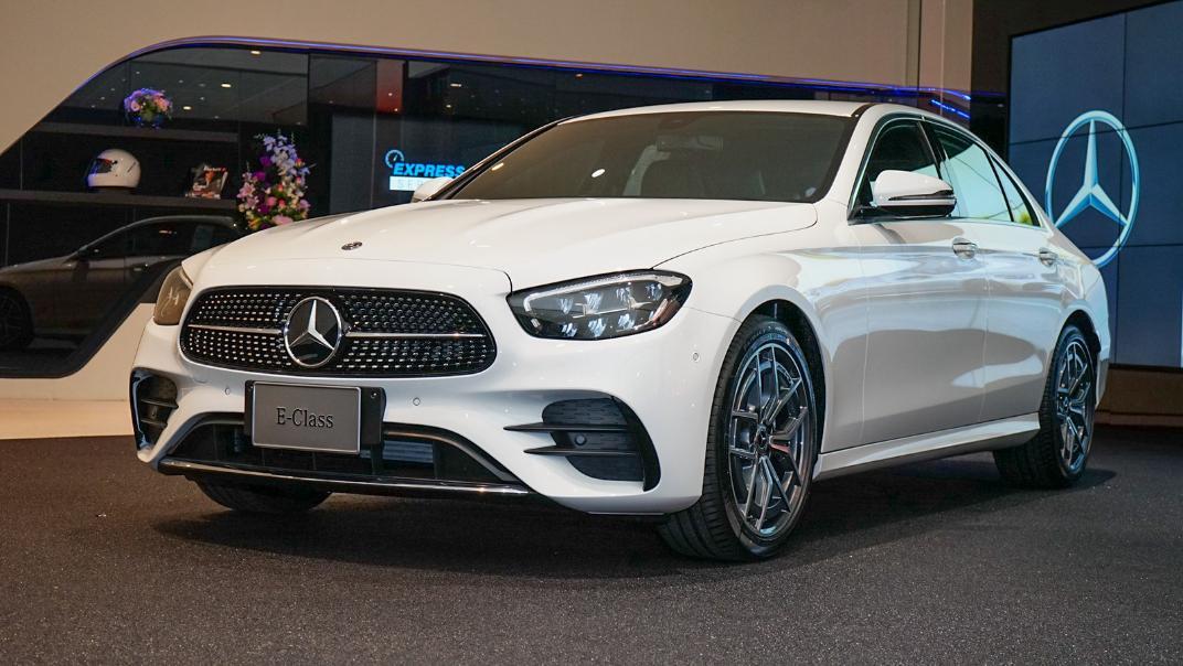 2021 Mercedes-Benz E-Class Saloon E 220 d AMG Sport Exterior 001